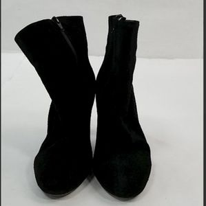 Free People sz 7 Black Suede Boots